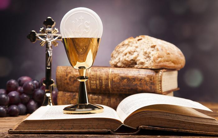 Devolvam-nos o rosto da liturgia que alguns padres sequestraram e picharam em nome da inovação