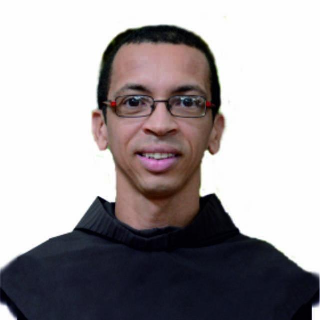 Fr. Erivelton Passos