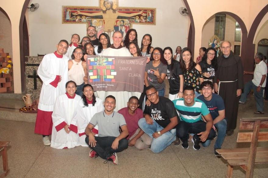 Juventude Franciscana da Cerâmica Cil celebra Santa Clara de Assis