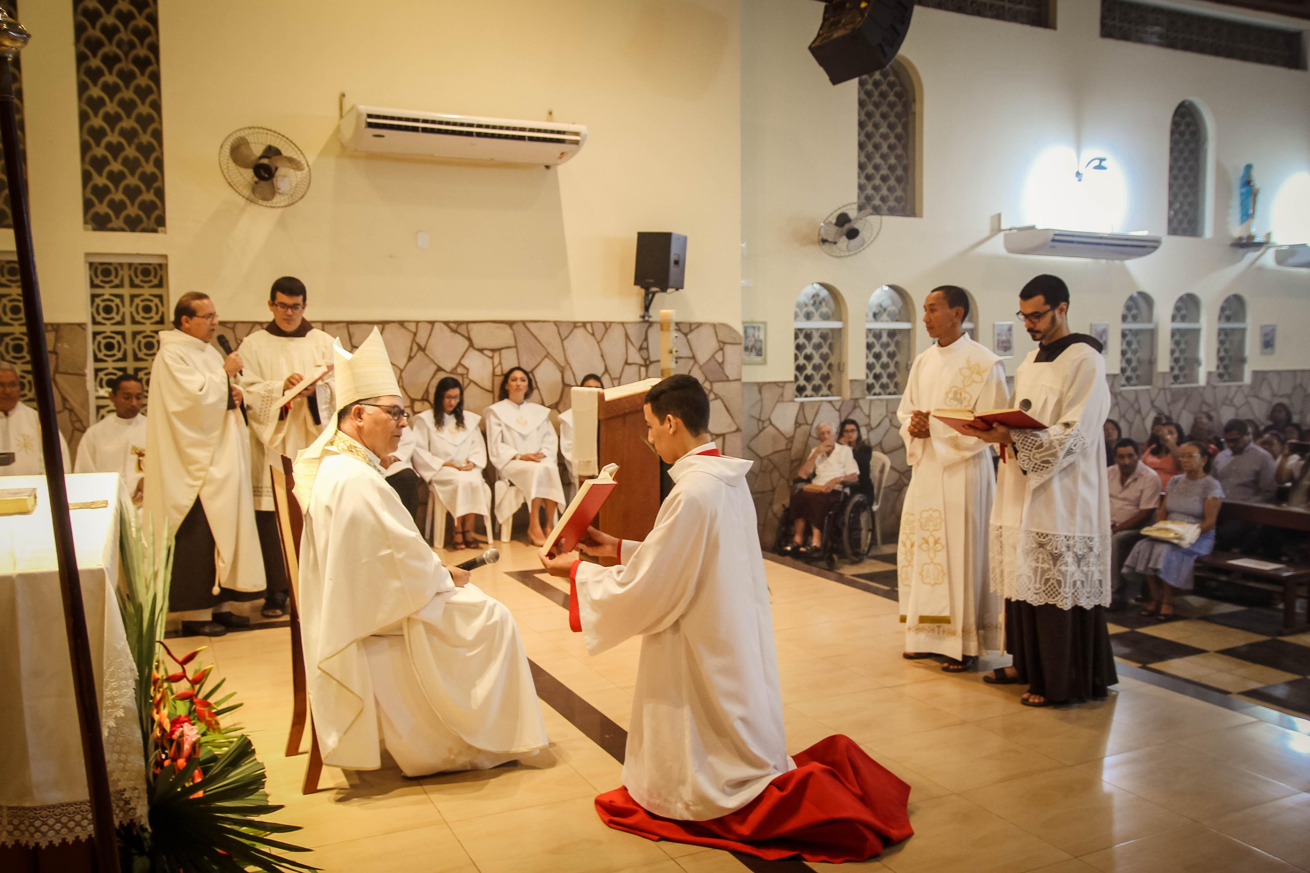 Frei Ronaldo César, ofm, foi ordenado presbítero em Bacabal, MA