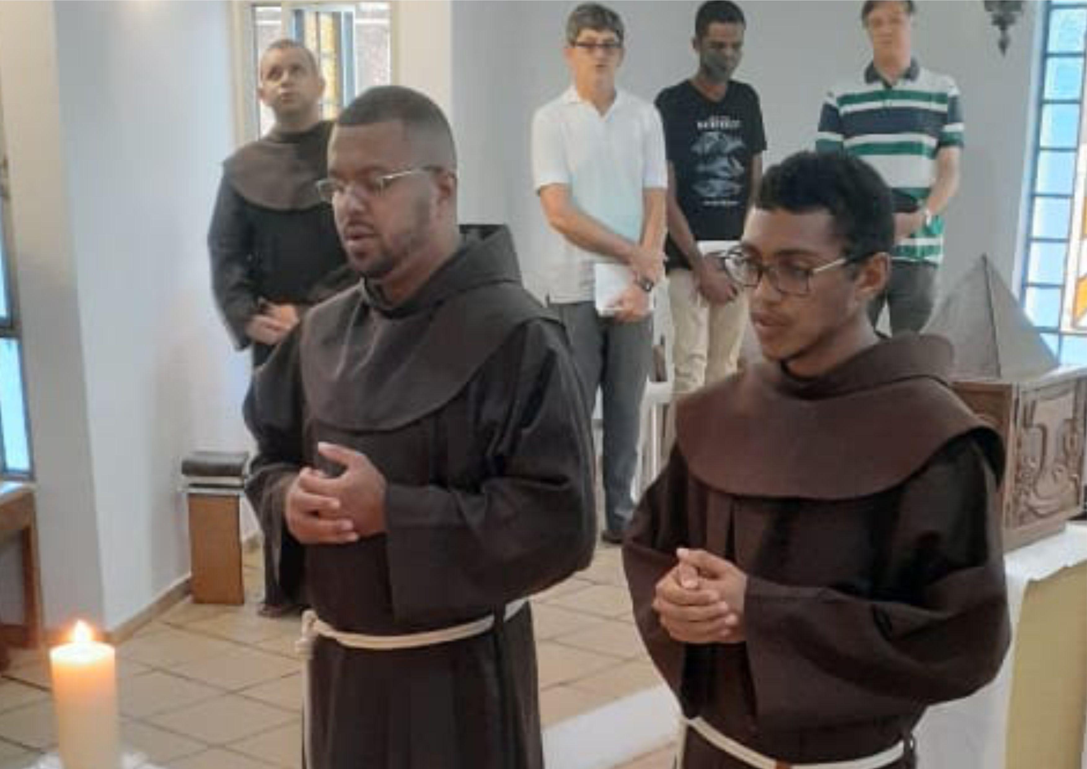 Celebração da Renovação dos Votos Religiosos Temporários de Frei Adriano e Frei Fábio